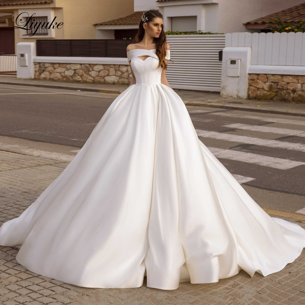 Liyuke Off The Shoulder Gorgeous Ball Gown Wedding Dress Satin With Court Train Of Luxury Bridal Dress