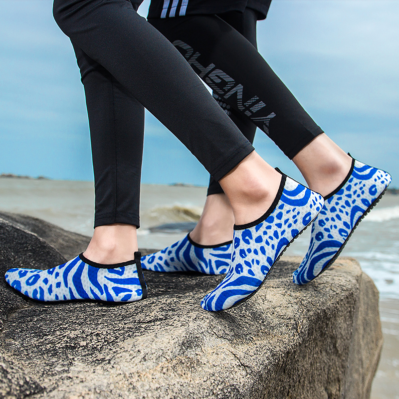 Aquashoes Big Size Swimming Water Aqua Shoes Men Women Beach Camping Shoes Adult Lover Fitness Yoga Shoes Non-Slip Sneakers Blue