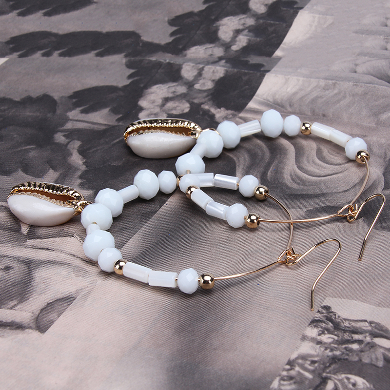 New Bohemia Fashion White Color Shell Beaded Stone Summer for Ladies Beach Wind Circle Earrings
