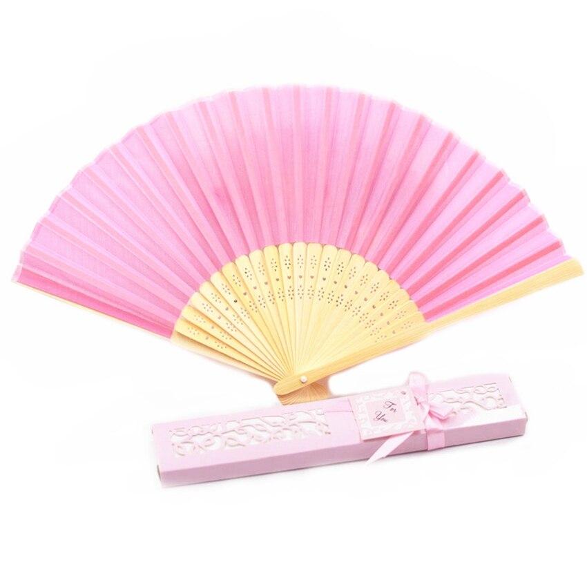 En gros 30 pièces personnalisé plié main Fans de soie faveurs de mariage personnalisé pliant main ventilateur cadeaux de mariage pour les invités