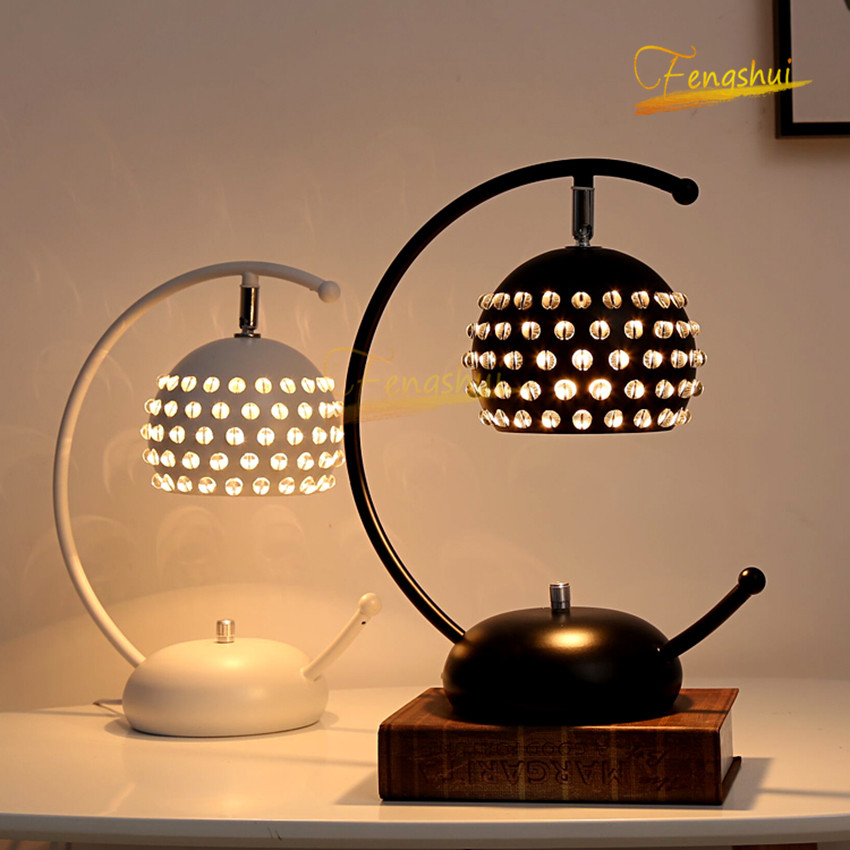 Modern LED Crystal Table Lamp Lighting Nordic Creative Iron Table Lights for Bedside Bedroom Study Room Living Room Table Lamps