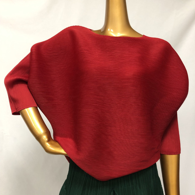 LANMREM Solid Color O-neck Bat Sleeve Short T-shirt Women Vintage Casual Loose Wild Pleated Tee Shirt Tide 2021 New autumn PD208 3
