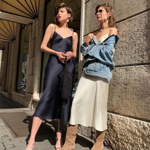 2020 Summer Women Long Satin Slip Dress Spaghetti Strap Party Dress Vintage Beige White Gray Black Silk Sexy Mid Long Dress