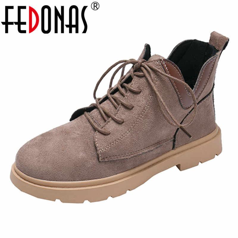FEDONAS Retro Kadın yarım çizmeler Çapraz bağlı rahat ayakkabılar Kadın Sonbahar Kış Sıcak binici çizmeleri Yuvarlak Ayak Ofis Bayan Ayakkabıları