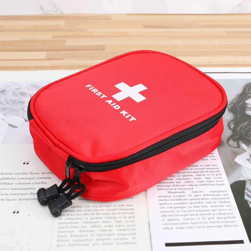 Outdoor Travel First Aid Kit  Mini  Car First Aid Kit Bag  Home Small Medical Box Emergency Survival Kit Size  16x12x5cm