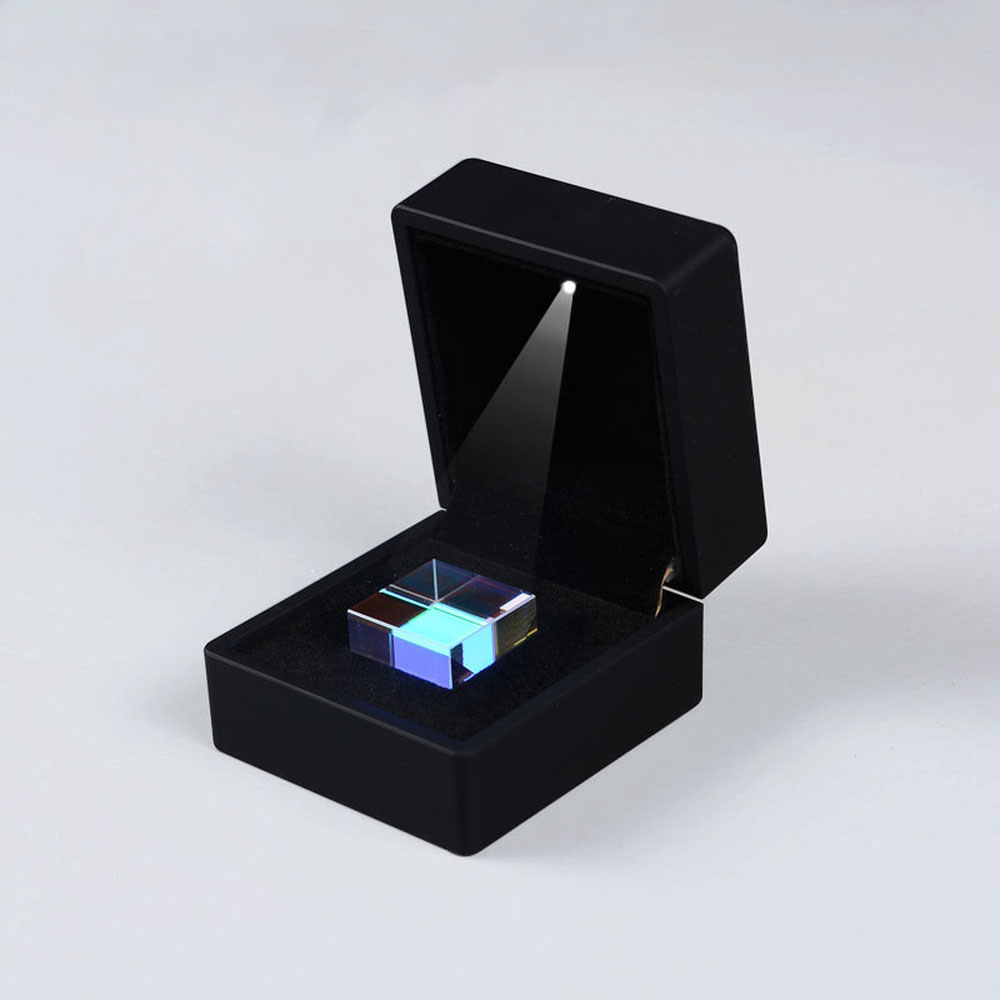25*25*25mmColor prism cube of light a gift from  optical  science experiment puzzle