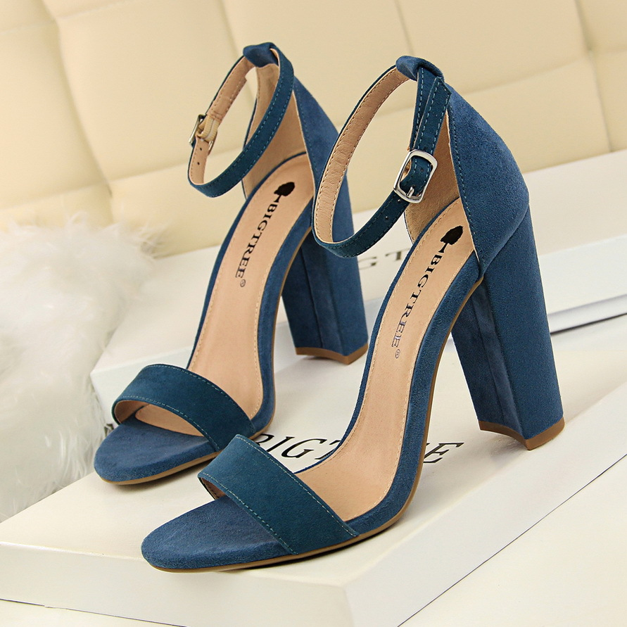 2020 New Women Pumps Sexy High Heels Shoes Women Wedding Shoes Block Heels Party Shoes Female Heels Women Sandals Plus Size 43