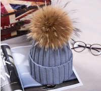 Parent-Enfant naturel fourrure pompon garçons printemps chapeaux nouvelle mode hommes Skullies fourrure chapeaux en hiver Bonnet Enfant fourrure chapeaux pour les filles