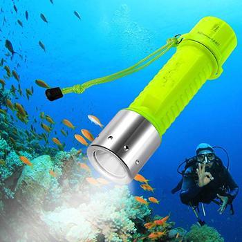 цена на 1100 Lumen CREE XM-L2 Scuba Diving Flashlight Waterproof Underwater Torch Submarine  Safety Lights Swimming LED Lamps 18650