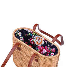 Lady bags Retro Style Straw Handbags Women Rattan handbag Handmade Woven Bohemia New Fashion Tote bag