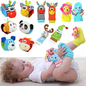 Infant baby toys bebe rattles/socks 2 pcs/set can make sound cute toy for baby boy toys kids toy Hanging Early Learning Educate(China)