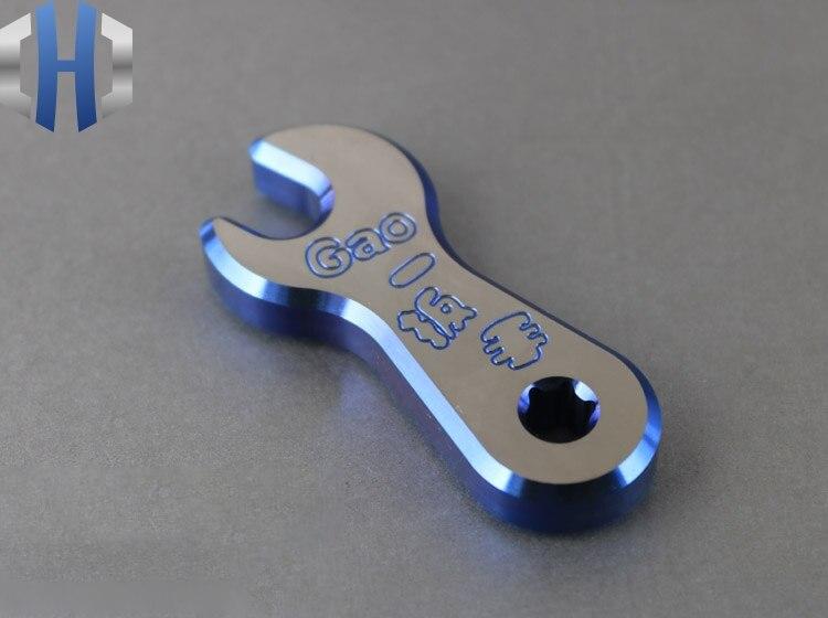 Creative EDC ไขควงเครื่องมือประแจพวงกุญแจจี้จี้อุปกรณ์เสริม