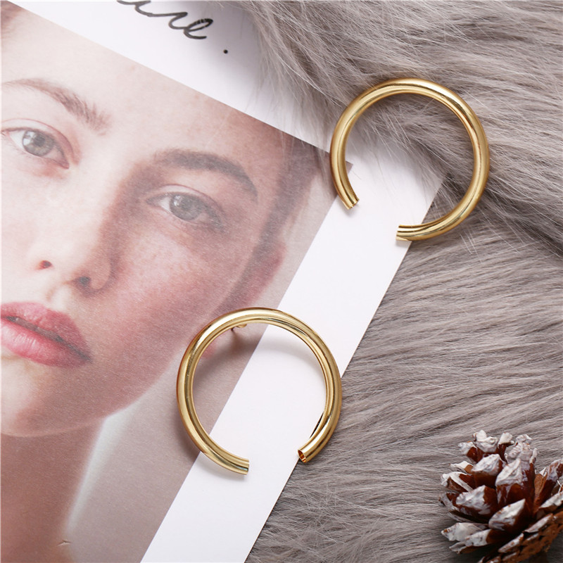 17KM Vintage Round Metal Earrings For Women Fashion Geometric Big Stud Earrings Cricle Gold Earring Female Gift 19 Jewelry 8