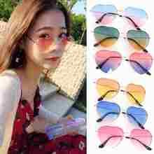 Женские солнцезащитные очки в стиле ретро с металлическим сердечком