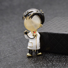 2021 Souvenir Opal Enamel Doctor Boys And Girls Brooches Medical Brooch Pin Nurse Jewelry Fashion Jewelry 2 Style Available Gift