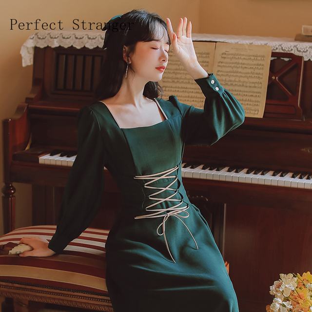 2020 Autumn New Arrival High Quality Retro Square Collar Bandage Long Sleeve Women Long Dress 1