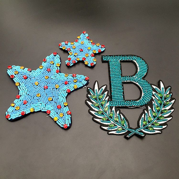 Cute Patch Mini B Letter Rhinestones Beaded Patches Hand Made Beaded Crystal Sew On Patch For Clothing Beading Applique