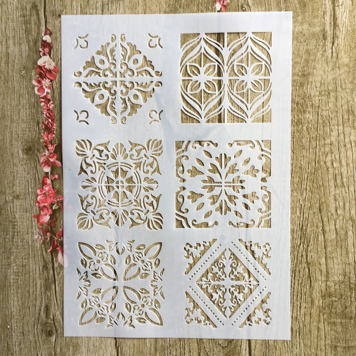 29 * 21cm Compass Shape Lace DIY Stencils Wall Painting Scrapbook Coloring Embossing Album Decorative Paper Card Template