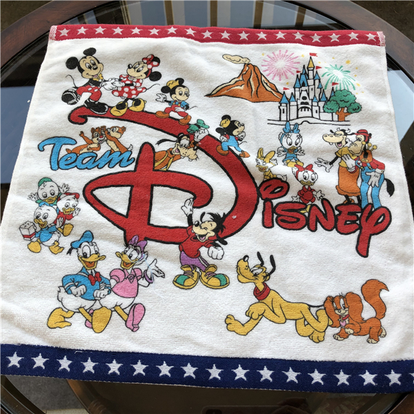 Team Disney Red and White Black Mickey Minnie Mouse towel Plush Fuzzy Blanket Throw 35x35cm for Baby Toddlers on Crib/Sofa/Plane(China)