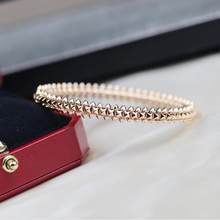 Hot Famous Brand Top Quality European Luxury Jewelry For Women Marking Rivets Rose Gold Bangle Fashion Party Classic Bracelet