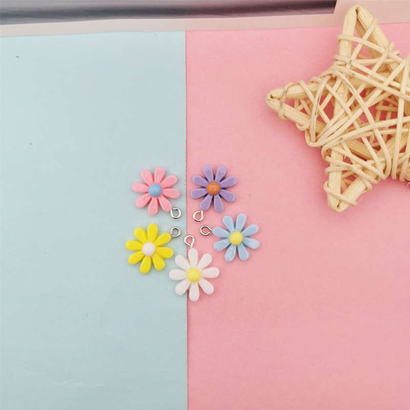 20Pcs Kawaii Resin Little Daisy Sun Flower Charms Pendants For DIY Decoration Earrings Key Chains Fashion Jewelry Accessories 3