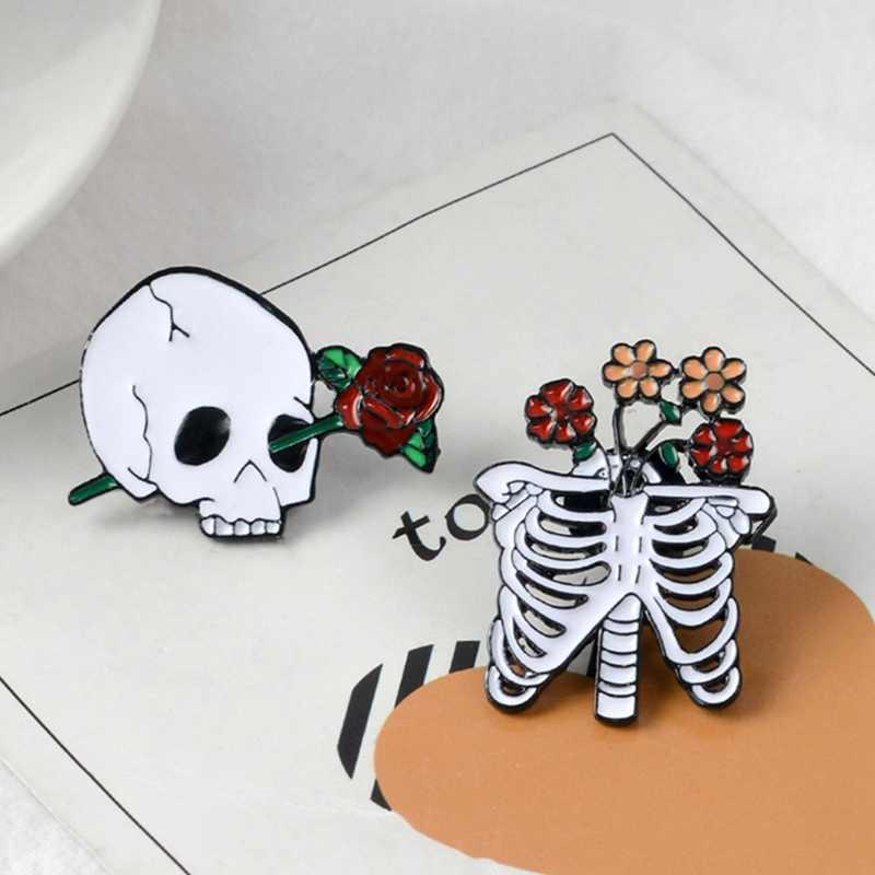 1PC Skull Rose Brooch Pin Skeleton Ribs Badge Brooch Halloween Goth Jewelry Clothes Accessories For Women Girl Party Punk Gift