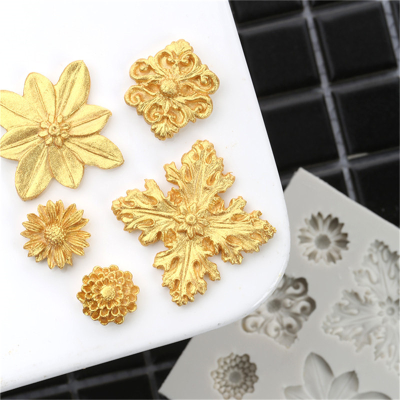 New Creative Flower Shape Silicone Cake Molds Chocolate Fondant Candy Cake Tools DIY Decoration Tools Five <font><b>Fllowers</b></font> image