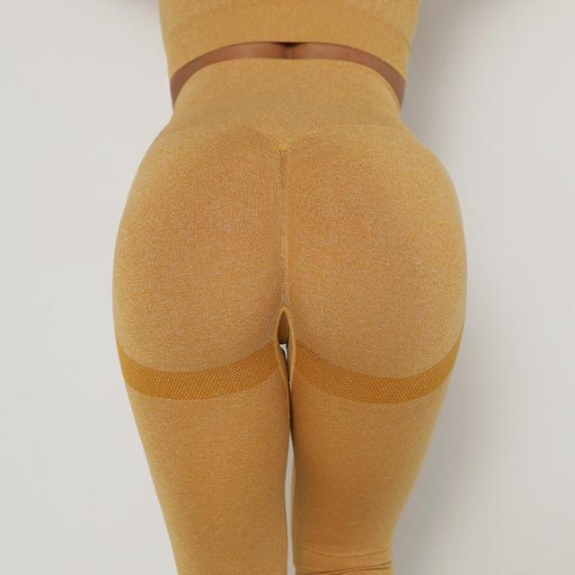 Фото женские бесшовные энергетические штаны для йоги супер эластичные цена