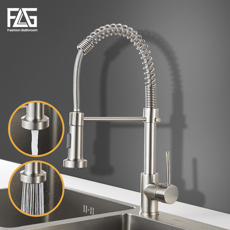 FLG Kitchen Faucets Brush Brass Pull Out Kitchen Faucet Sink Single Lever Pull Out Spray Mixers Tap Hot Cold Water Crane 9009