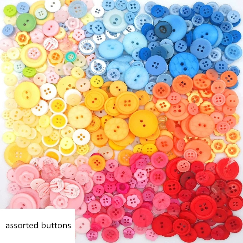 200 BRIGHT WOOD FLOWER SHAPED BUTTONS # 10 or 15MM# CRAFT//EMBELLISHMENT