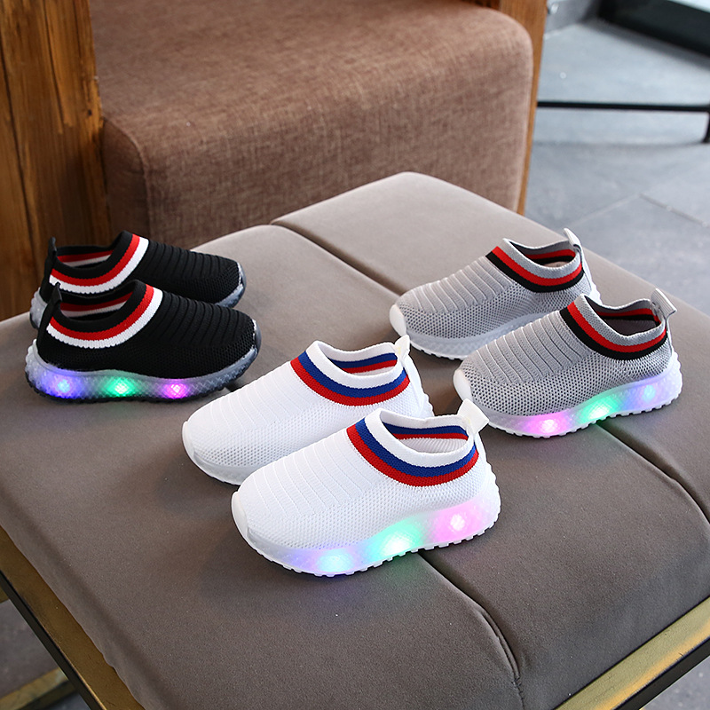 LED Lighting Fashion Soft Mesh Baby Casual Shoes 5 Stars Solid Cool New Brand Baby Sneakers Lovely Slip On Baby Boys Girls Shoes