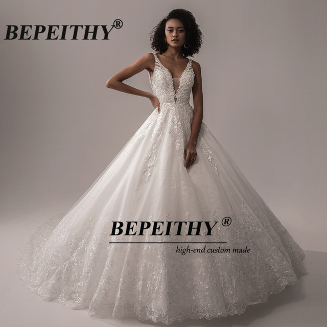 BEPEITHY Deep V Neck Lace Wedding Dress 2021 Ball Gown Bridal Court Train Sleeveless Women Indian Ivory Wedding Bouquet Gown New 3