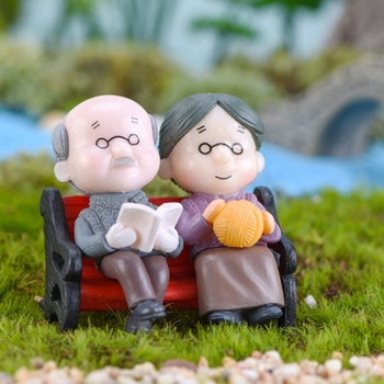Character Chair Book Grandmother Grandfather Couple Home Decor figurine Fairytale Garden Doll Couple Figurine Miniature Figures image