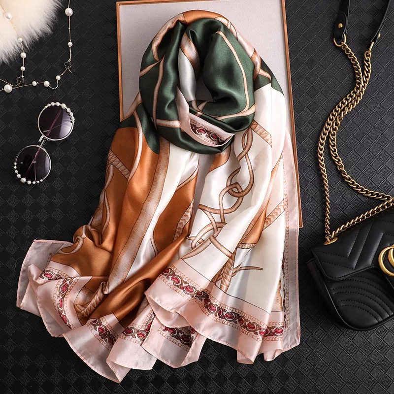 יוקרה חדש לגמרי סגנון סתיו וחורף פופולרי פרח כיסוי ראש נשים אופנה משי הדפסת צעיף גבירותיי חוף גדול גודל צעיף