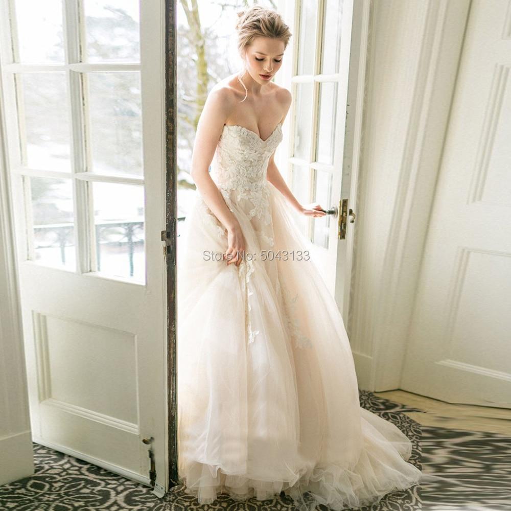 2019 Light Champagne Wedding Dresses Romantic Lace Applique Sweetheart Sleeveless Spring Wedding Bridal Gowns Vestido Noiva