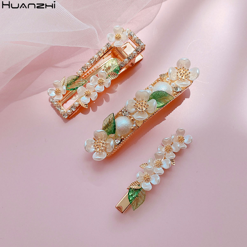 HUANZHI 2020 New Japan Spring Sweet Imitation Pearl Rhinestones Flower Metal Hair Clip Hair Accessories For Women Girls Gifts