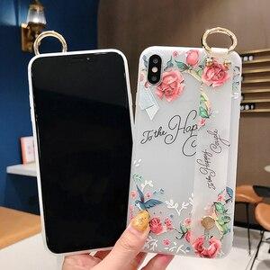Image 4 - Dragonne souple étui pour téléphone pour iPhone XS Max étui XR 6 6S 8 7Plus Vintage fleur Rose à motifs floraux support support couverture
