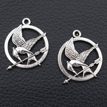 6pcs -  Antique Silver Hunger Game Mocking Jay Charm, Circle Bird Arrow Pendant, Funs, Pendants, 25x30mm