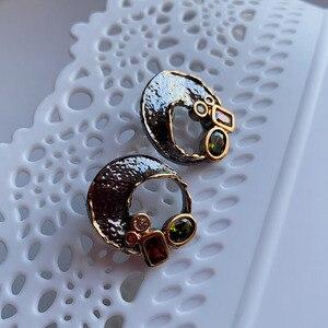 Image 5 - Goud/Zwart 2 Tone Stud Oorbellen Gat Ontwerp Vintage Sieraden Groene Rode Kristal Sieraden Nieuwste 2020 Oorbel Voor Vrouwen