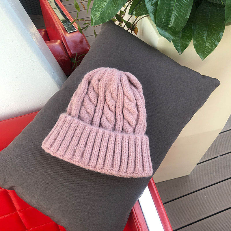 Women Beanies Girl Luxury winter hat Candy Colors Hats Thick Warm Bonnet Beanie Soft Knitted Beanies Cotton Twist Pattern Caps 9 2