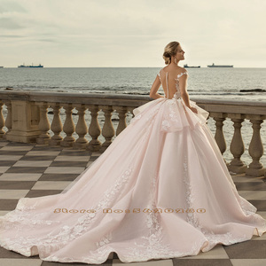 Image 2 - 2020 Prinses Baljurk Trouwjurken Vestido De Noiva Princesa Shiny Kralen Pailletten Applicaties Lace See Through Gown Gelinlik