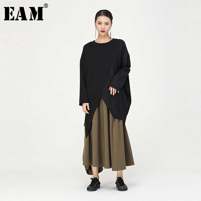 [EAM] Женская серая полосатая Асимметричная футболка большого размера, новая модная футболка с круглым вырезом и длинным рукавом, весна-осень 2019, 1D963