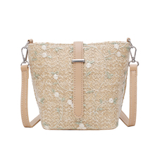 2019 Women Bucket Bags Appliques Straw Leaves Weave Lace Embroidery Crossbody Bag For Bohemia National Wind Beach Grass HandBag flower embroidery weave crossbody bag