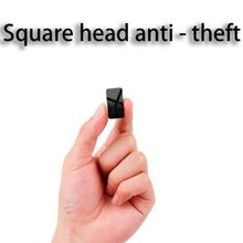цена на 1PCS GPS Locator For Car Mini GPS Tracker Real-Time Tracking Anti-Lost Anti-Theft