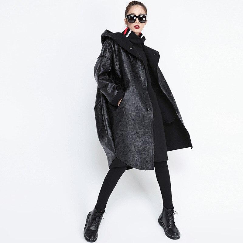 LANMREM 2019 New Hooded Fur AND PU Leather Patchwork Batwing Sleeves Pocket Single Breasted Warm Coat Female Jacket JG637