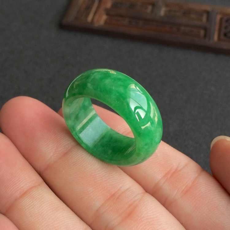 แหวนหยกแท้สีเขียวธรรมชาติ Jadeite Amulet แฟชั่นจีน Charm เครื่องประดับแกะสลักงานฝีมือ Luck ของขวัญผู้หญิงผู้ชาย