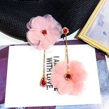 лучшая цена S925 Silver Needle temperament Super Immortals Water drill Flower earrings Korean personality asymmetrical long earrings female