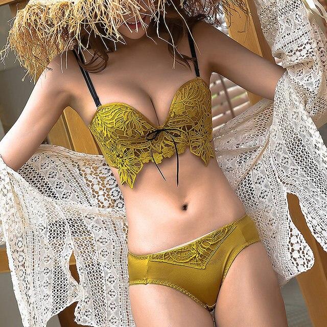 Zima nowy seksowny haft koronkowy kwiat bielizna damska zestaw majtek bez drutu głębokie V komplet biustonosz Push Up młoda dziewczyna bielizna majtki zestaw