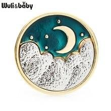 Wuli & baby-insignia de Color dorado Luna y verde para hombre y mujer, broches esmaltados de media luna, diseño Personal, broche informal para fiesta, regalos