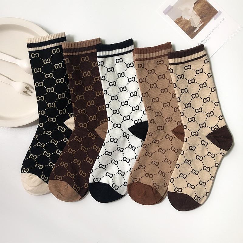 2021 интересные длинные женские спортивные носки, креативные уличные носки Harajuku с надписями, уличные носки